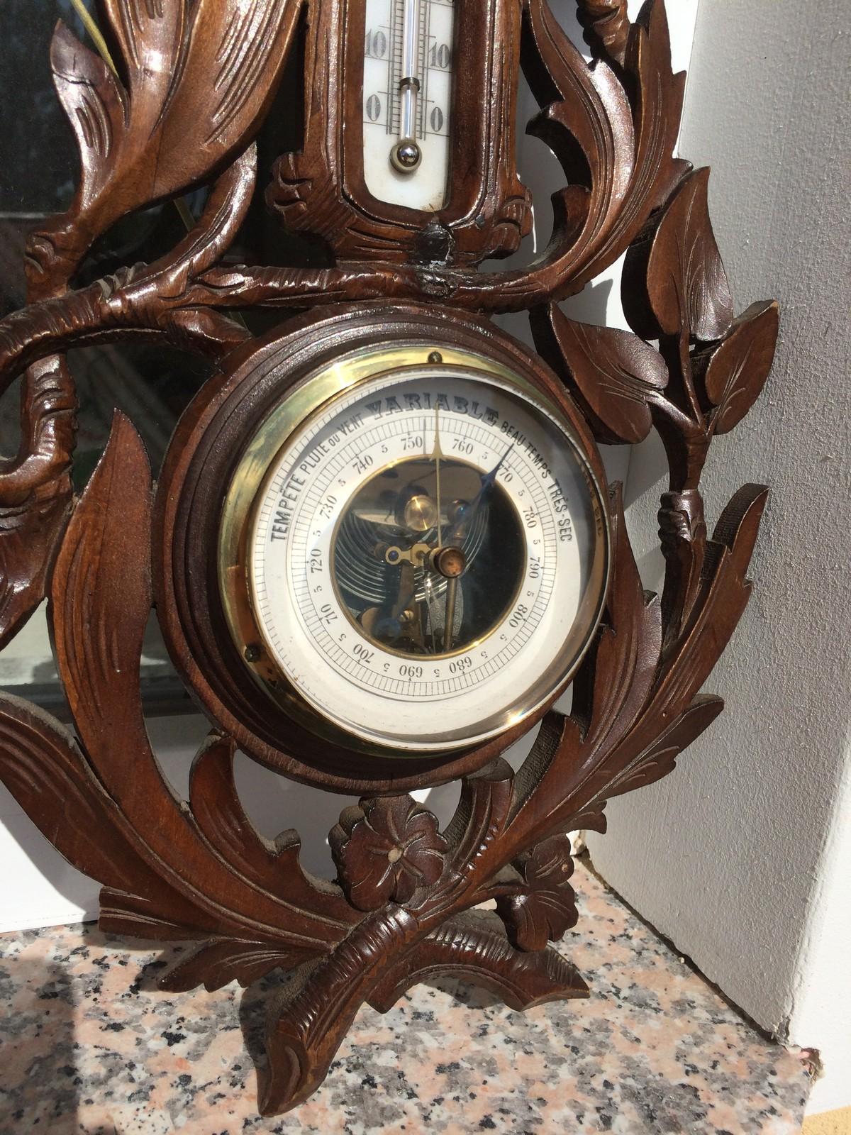 Антикварные и старинные часы 18 и 19 века в продаже- огромный выбор.